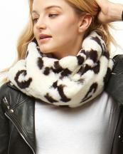 LOF927(IV)-wholesale-scarf-leopard-animal-pattern-faux-fur-infinity-polyester-fashion-style(0).jpg